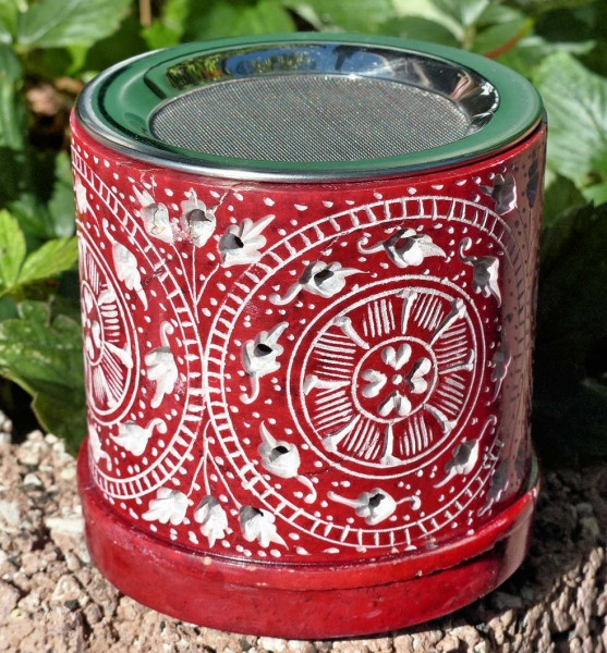 Shrila, Teelichtofen rot
