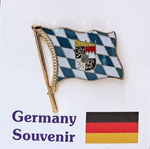 Hutanstecker Pin, Flagge