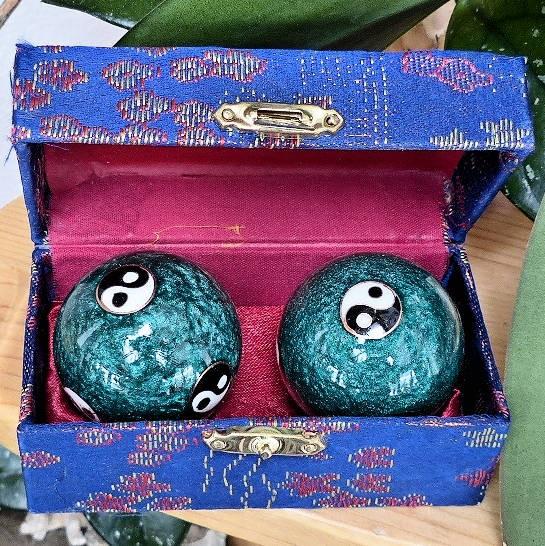 Yin-Yang, Qi-Gong Klangkugeln grün